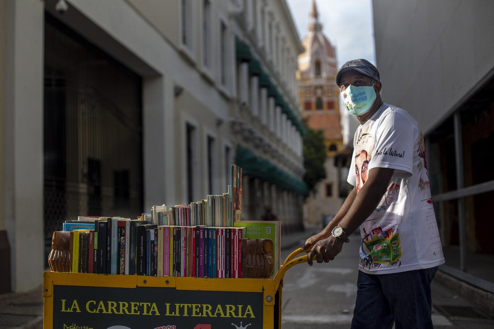 Tico Angulo - La Carreta Literaria